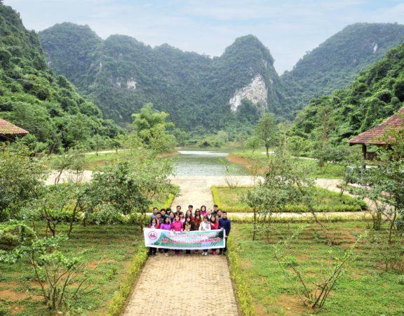 cho-thue-xe-16-cho-du-lich-ho-dong-chuong-tron-goi-gia-re-tai-ha-noi (1)